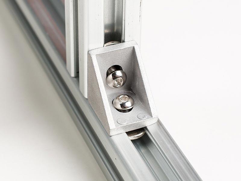 Brackets aliuminio profiliams tvirtinimas